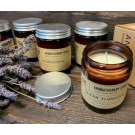 Aromaterápiás szójagyertyák többféle illattal (menta, levendula, rozmaring, stb.)