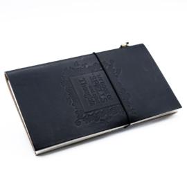 Book of Spells boszi notesz - bőrkötésű napló, jegyzetfüzet