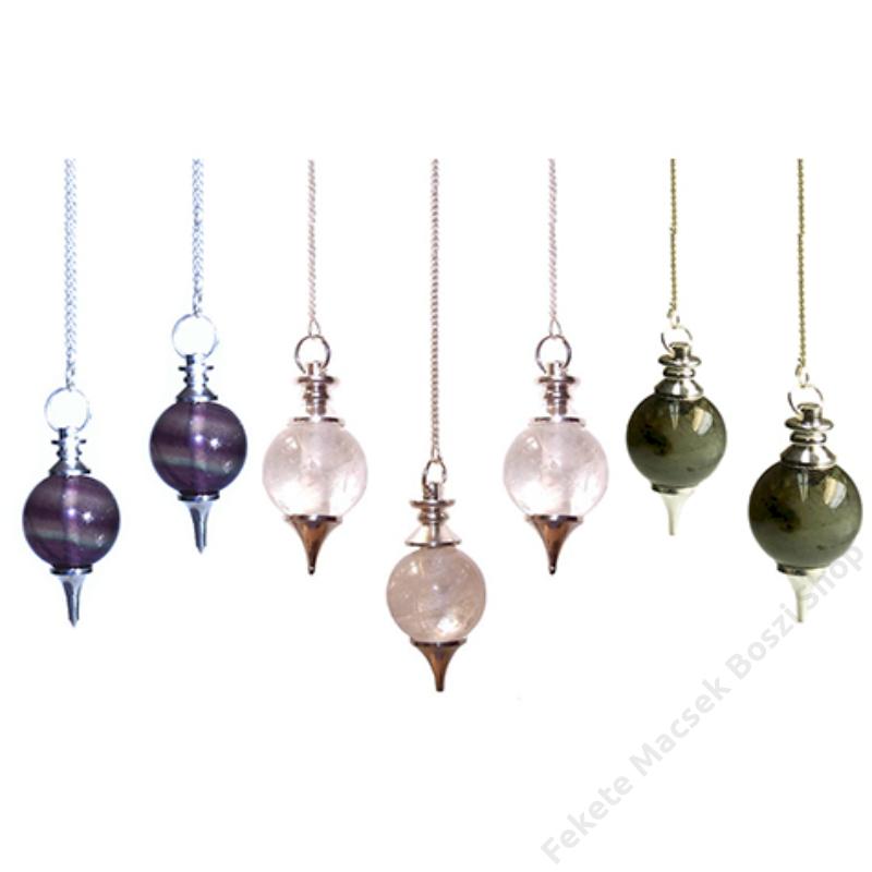 Különböző kristályingák